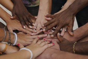 hands support